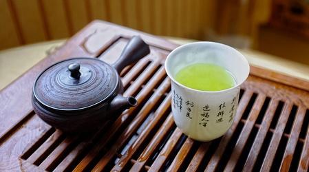 お茶は口臭に効果がある?ない?
