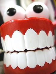 入れ歯と口臭の関係
