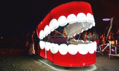 口臭対策には、歯間ブラシを使おう!